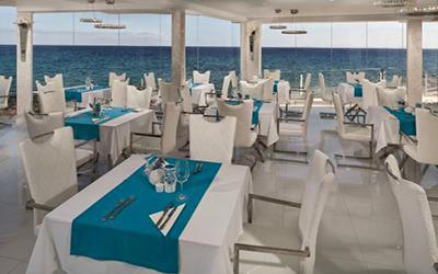 1479632650_lani-s-cafe-restaurantPuertodelCarmenLanzarote.jpg