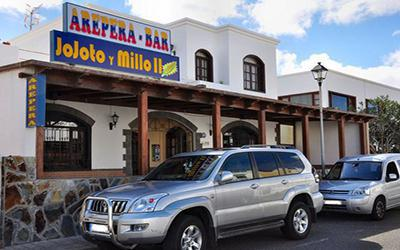 1479821915_arepera-jojoto-y-milloRestaurantPlayaHondaLanzarote.jpg