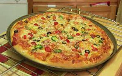 1489601174_pizza-delivery-yaiza.jpg